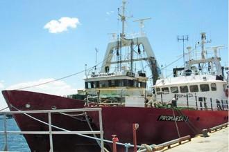 Revista Puerto - Otros dos buques de Alpesca están abandonados y saqueados
