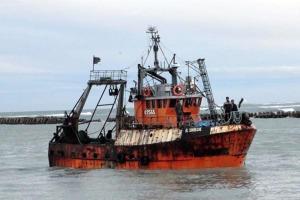 Revista Puerto - Dufour reconoce que hay permisos de pesca irregulares