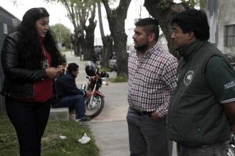 Cristina Ledesma, del SOIP, junto a camioneros de Moliendas del Sur.